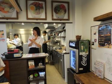 取材を行った手話カフェ『Sign With Me』。聴覚障がい者が立ち上げたこのカフェでは、手話が公用語だ。