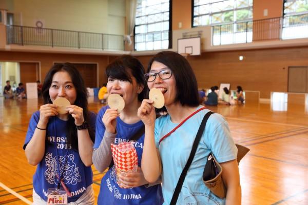 お菓子を使った聴覚障害児の発音練習を学ぶ