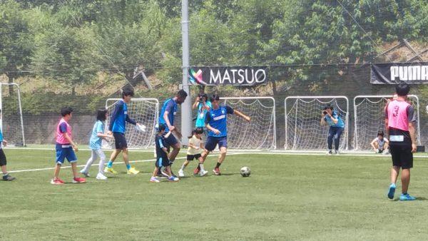 フロンターレの選手によるサッカー教室