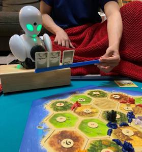 私がOriHimeに入ってゲームをしている様子